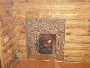 В интерьере деревянного дома или бани всё выверено
