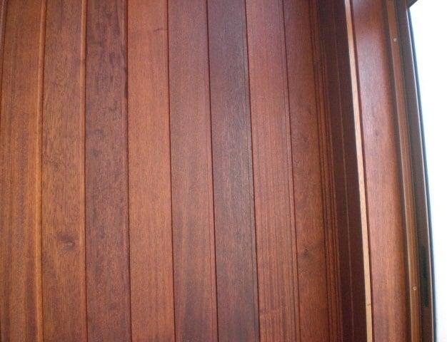 панели из древесины мербау